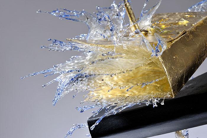 surreal-resin-sculptures-exploding-books-frozen-liquid-10