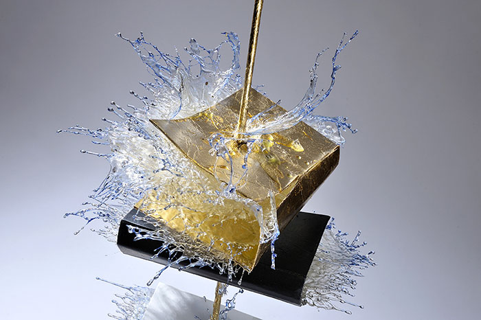 surreal-resin-sculptures-exploding-books-frozen-liquid-9
