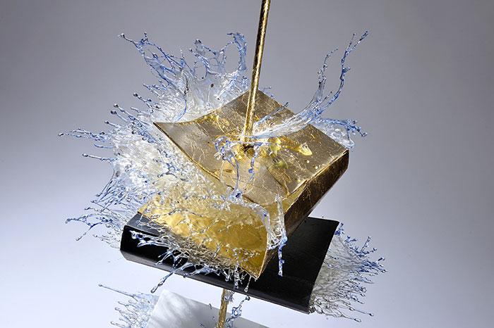 surreal-resin-sculptures-exploding-books-frozen-liquid-9