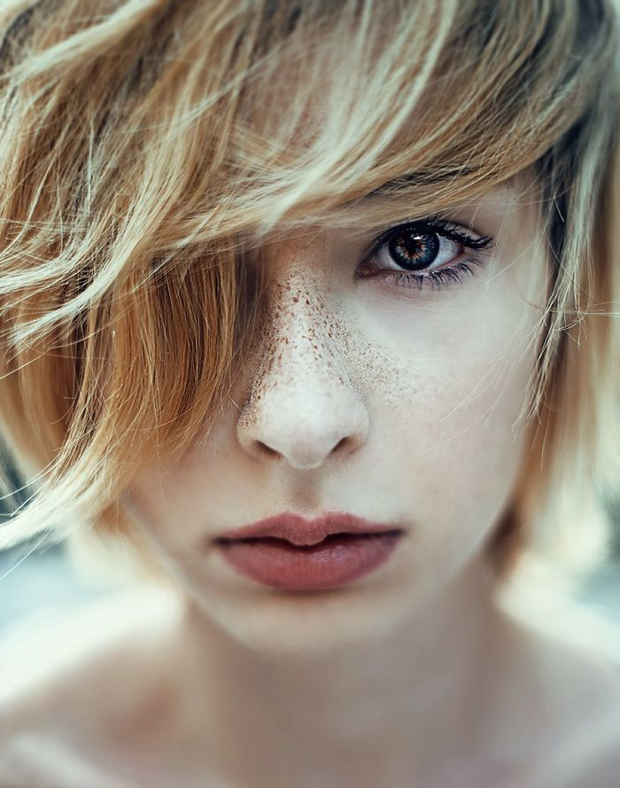 beautiful-portrait-photography-freckles-red-hair-beauty-8