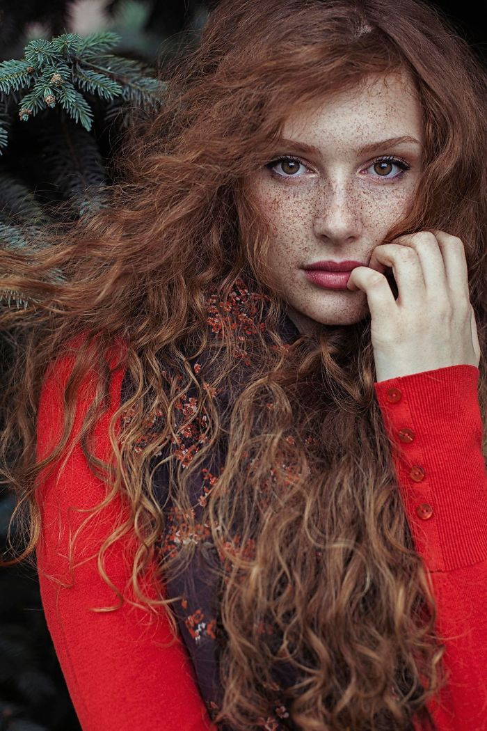 beautiful-portrait-photography-freckles-red-hair-beauty-9