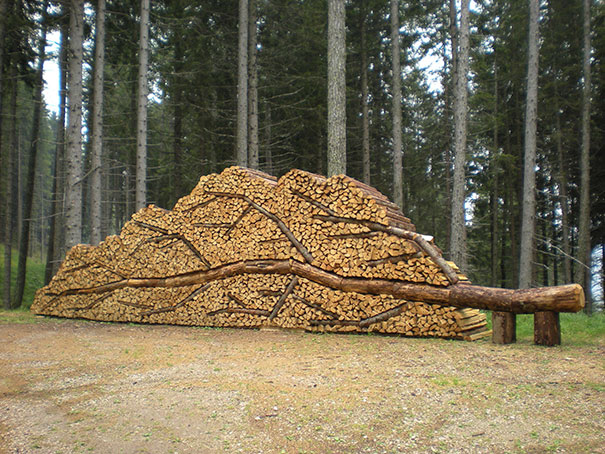 beautiful-wood-pile-stacking-creative-art-2