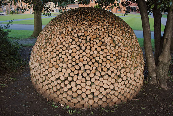 beautiful-wood-pile-stacking-creative-art-7