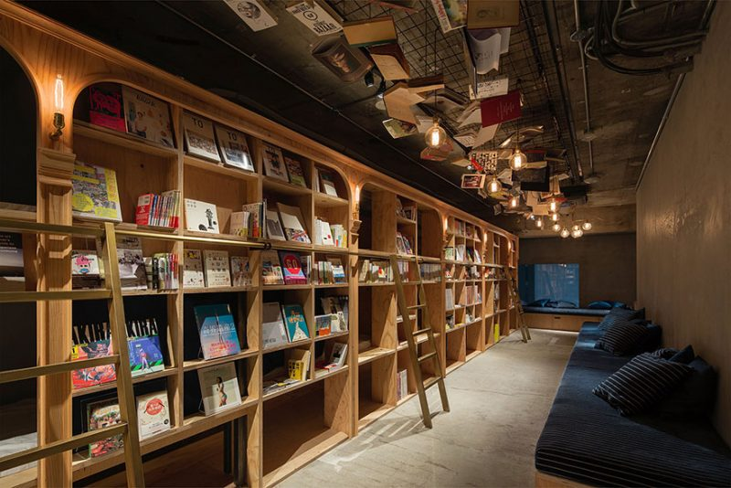 book-and-bed-tokyo-library-hotel-2