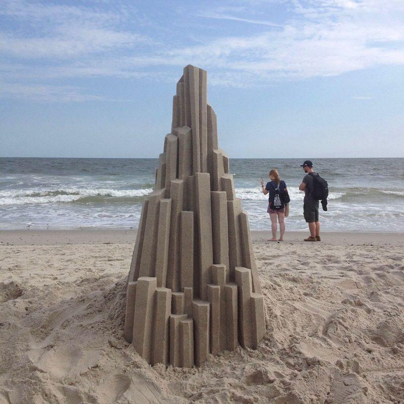 brutalist-sandcastles-cool-sand-sculptures-art-11