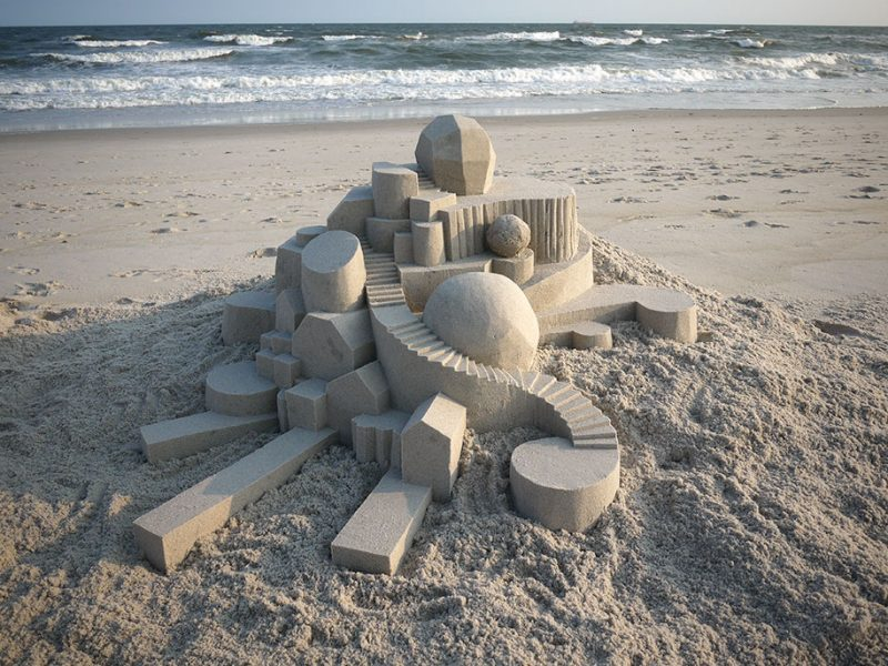 brutalist-sandcastles-cool-sand-sculptures-art-14