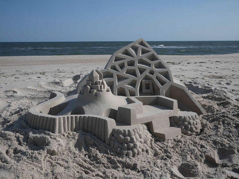 brutalist-sandcastles-cool-sand-sculptures-art-18