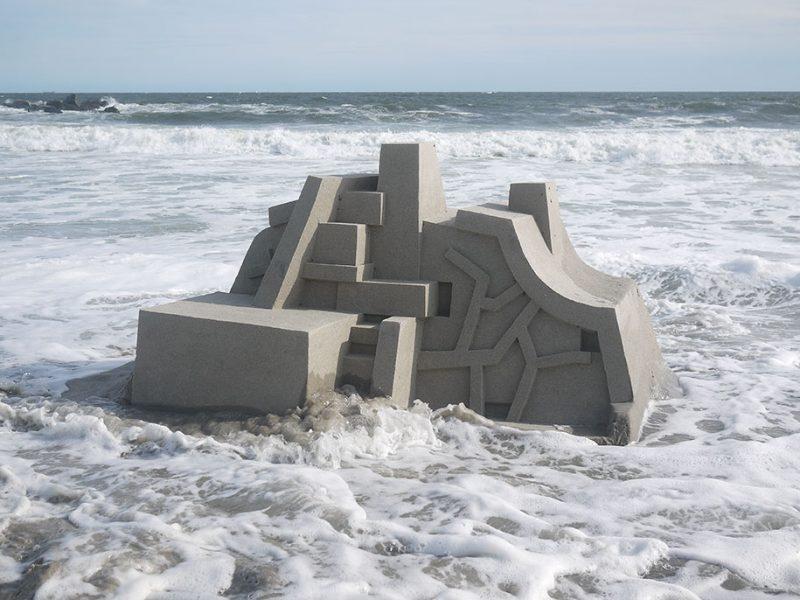 brutalist-sandcastles-cool-sand-sculptures-art-8