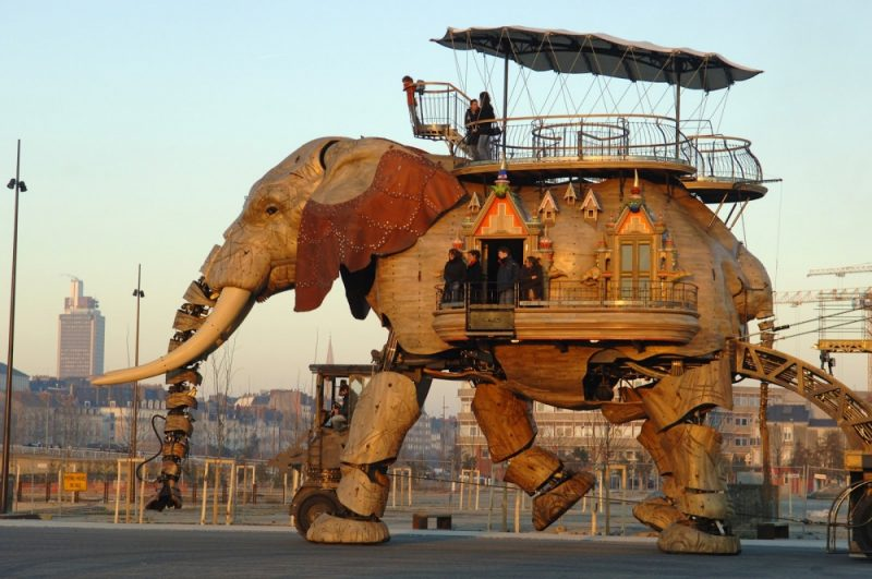 most-amazing-buildings-weird-strange-structures-20