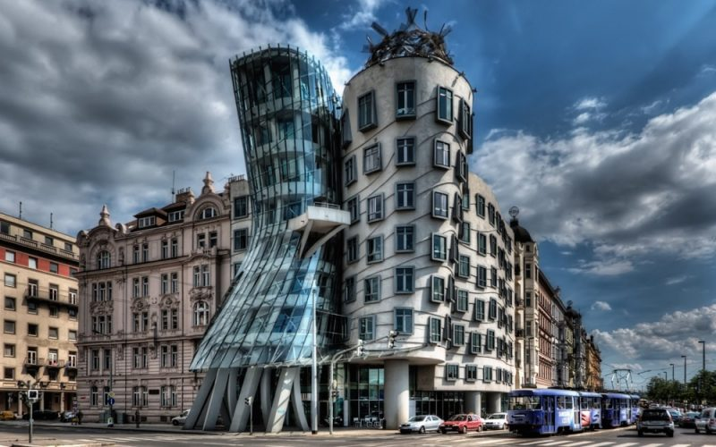 most-amazing-buildings-weird-strange-structures-9