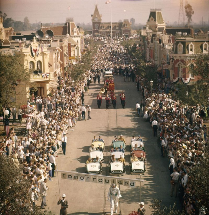 old-photos-retro-disneyland-opening-1955-10