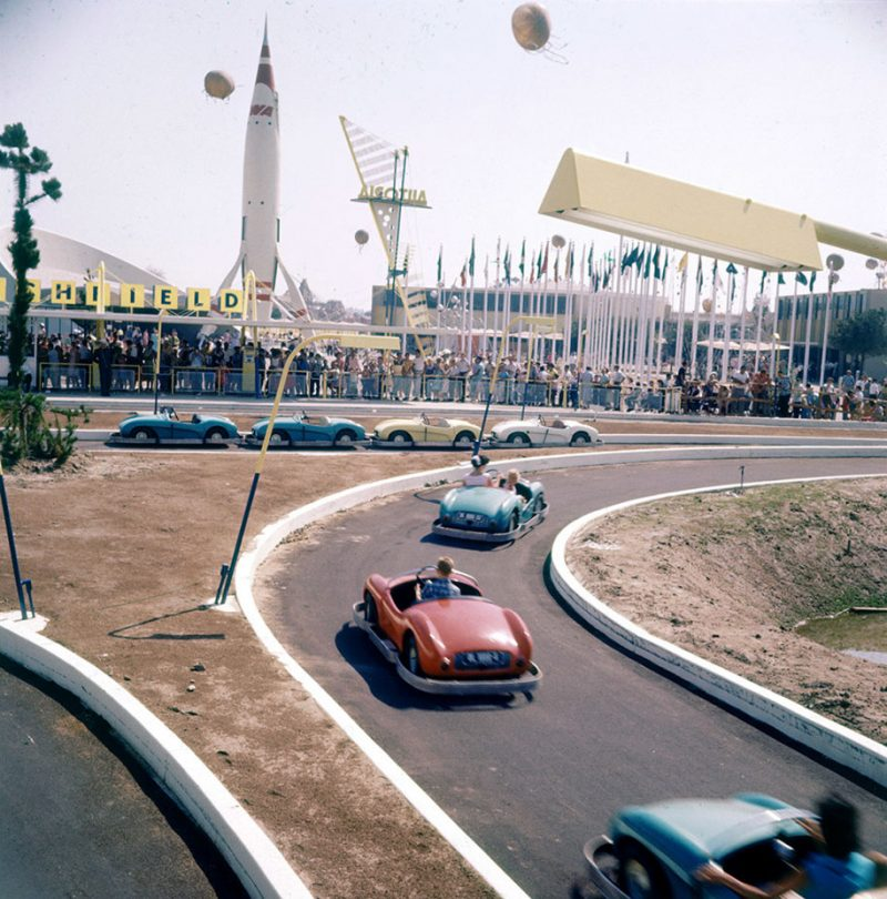 old-photos-retro-disneyland-opening-1955-15