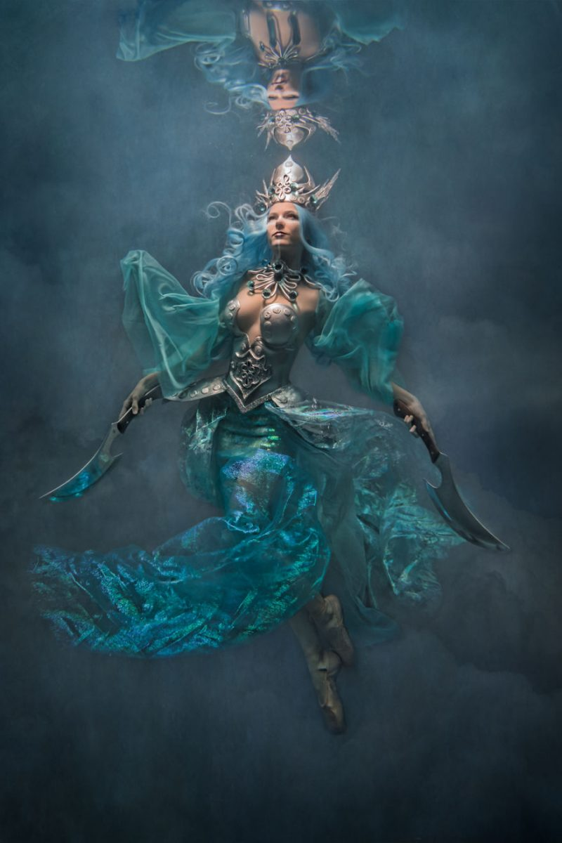 underwater-fine-art-photography-cosplay-pictures-14