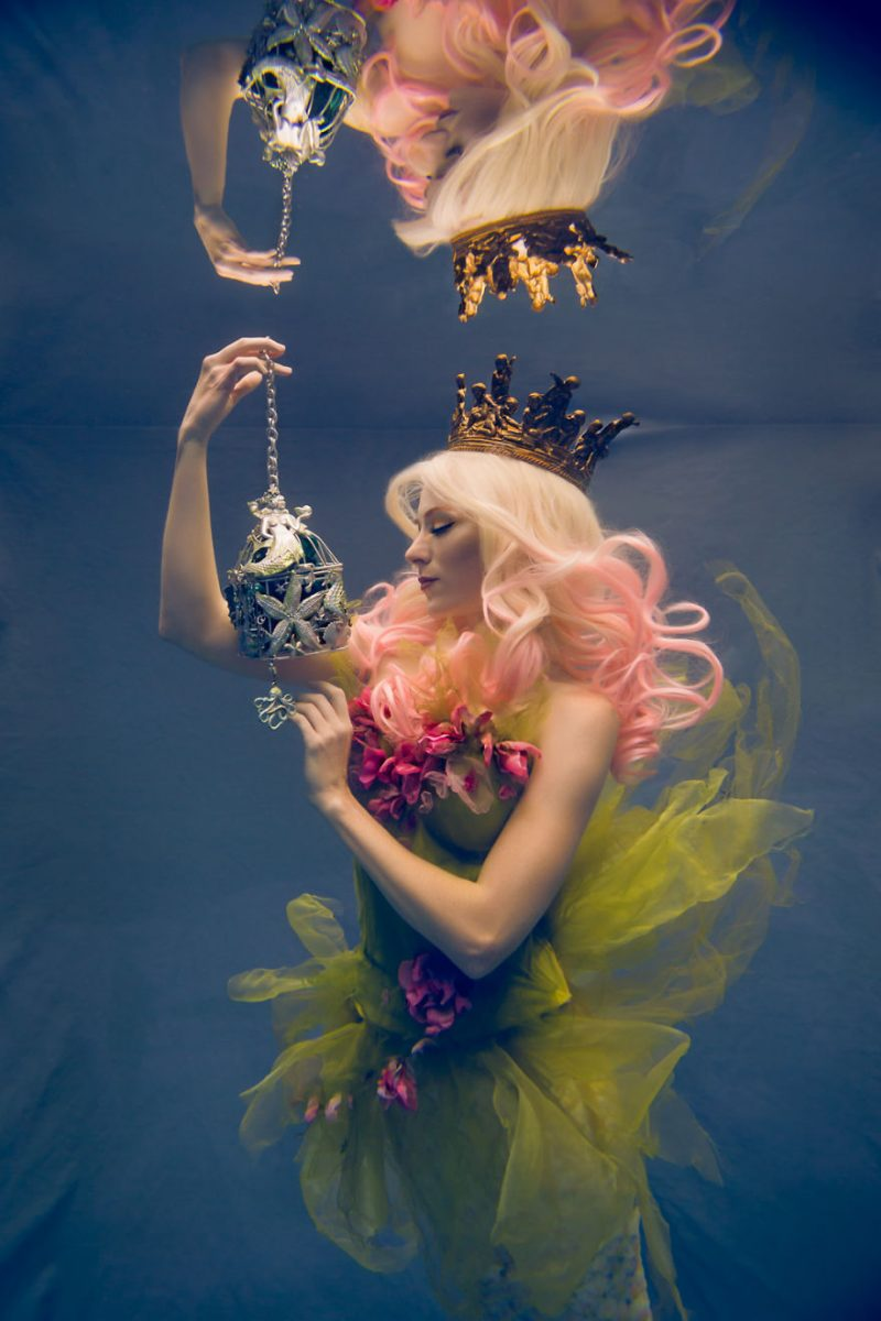 underwater-fine-art-photography-cosplay-pictures-3