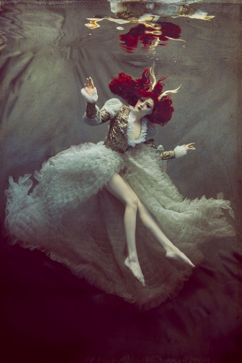 underwater-fine-art-photography-cosplay-pictures-6