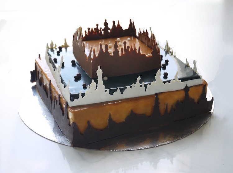 Artistic cakes by a pastry chef with academic ...