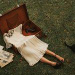 Surreal self-portraits representing the depression