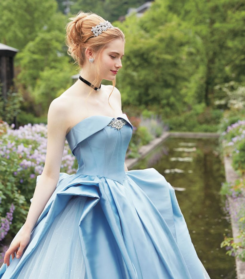Disney princess wedding dresses in real-life fairytale | Vuing.com